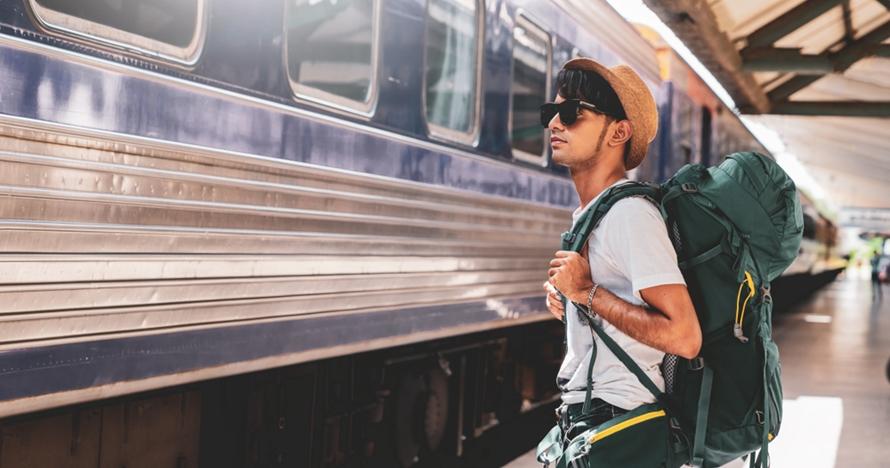 Jaga kegantenganmu saat traveling dengan 8 barang toiletry ini