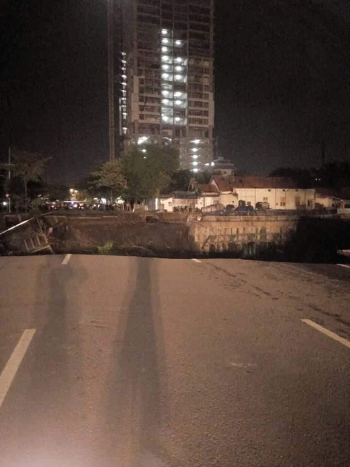 potret jalan gubeng © Twitter