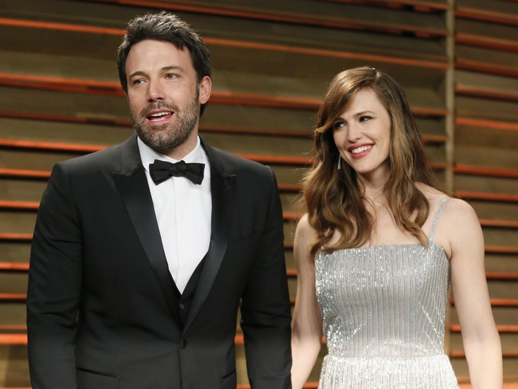 artis Hollywood istimewa