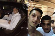 Mesut Ozil ungkap duka cita bagi keluarga & korban tsunami Selat Sunda