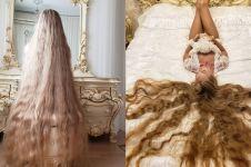 Cewek ini punya rambut panjang bak Rapunzel, ini 10 potretnya