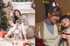 7 Gaya seleb pemotretan bertema Natal, penuh kehangatan