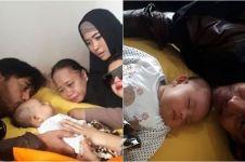 5 Potret haru seleb datangi anak Aa Jimmy yang selamat dari tsunami