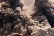 5 Letusan besar Anak Krakatau 1927-2018, total ribuan erupsi