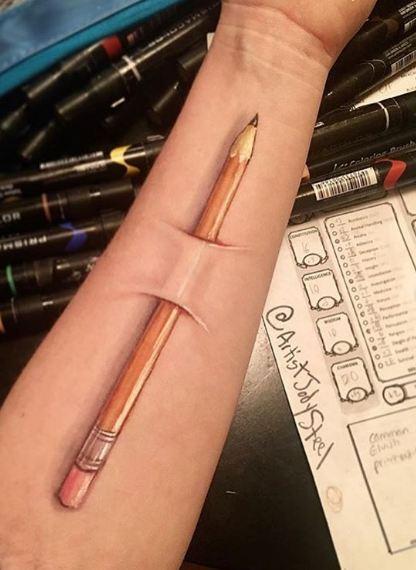 hand painting sadis © Instagram/@artistjodysteel