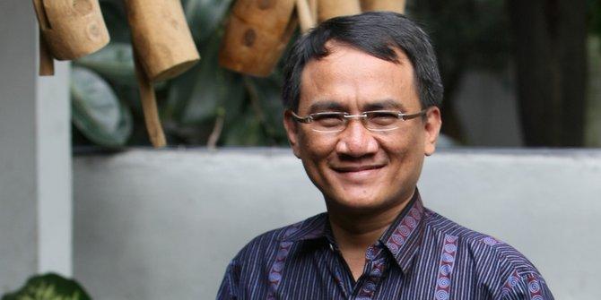 Ini alasan Andi Arief bikin cuitan tujuh kontainer surat suara