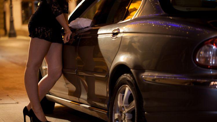 Dua artis diciduk karena kasus prostitusi online di Surabaya