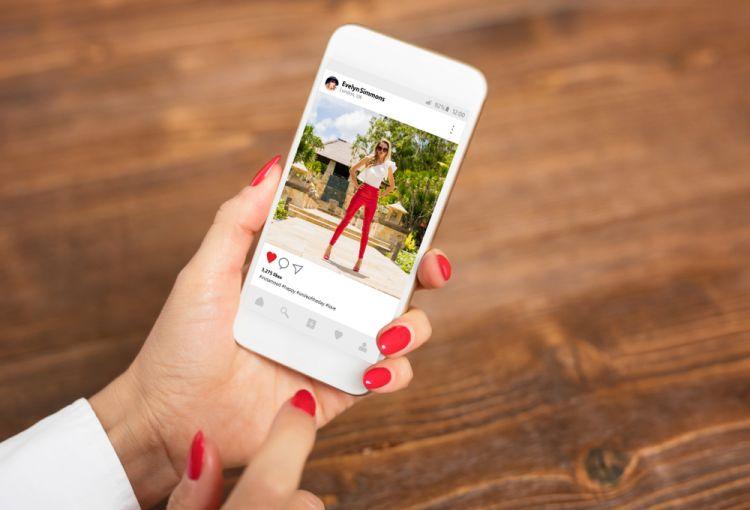 10 Aplikasi edit foto gratis ini percantik feed Instagram-mu