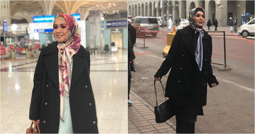 10 Inspirasi hijab Yuni Shara saat umrah, simpel dan elegan