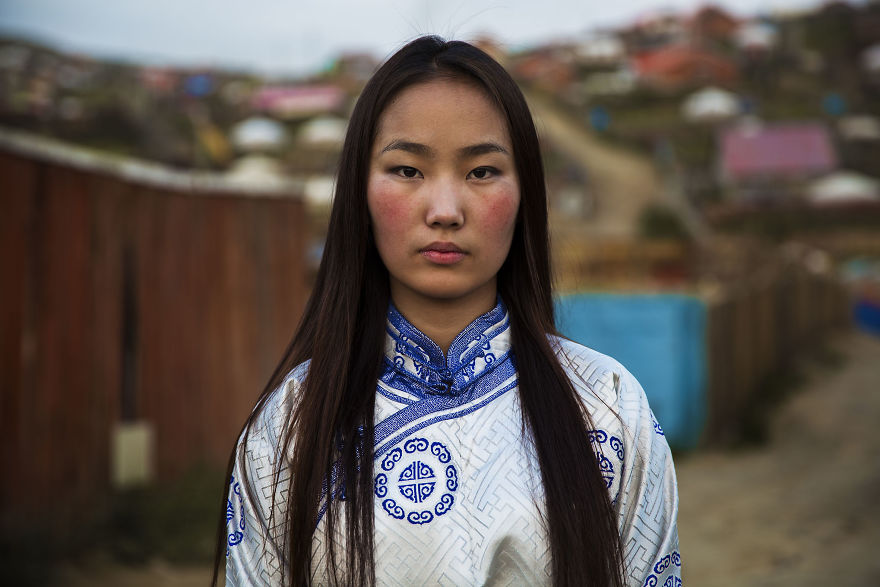 busana wanita berbagai negara © demilked.com