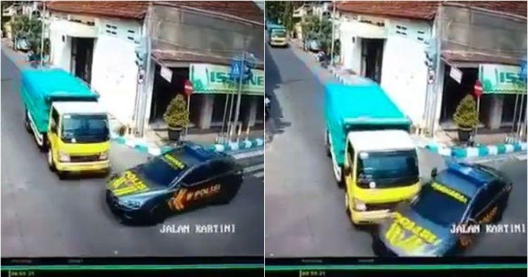 Video truk tabrak mobil polisi pengawal tahanan di Mojokerto