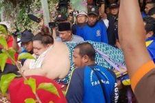 7 Momen evakuasi wanita berbobot 350 kg, sampai jebol pintu rumah