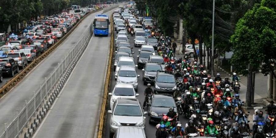 Artis ini mengaku tak lagi naik kendaraan pribadi di Jakarta