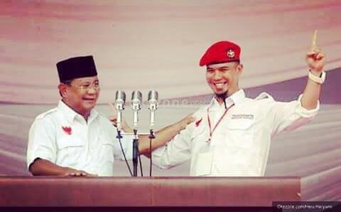 Ahmad Dhani & Prabowo Militan © 2019 brilio.net