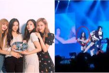 Video detik-detik Jennie tendang Jisoo Blackpink di konser Jakarta
