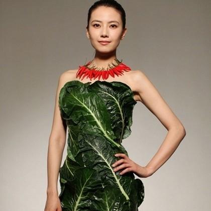 10 Gaun unik terbuat dari sayuran, tetap terlihat stylish