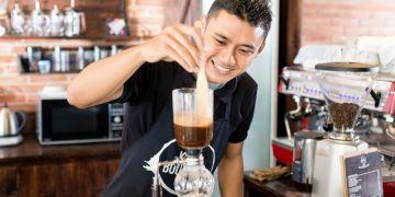 6 Cara minum kopi khas Nusantara, semakin nikmat untuk diseruput