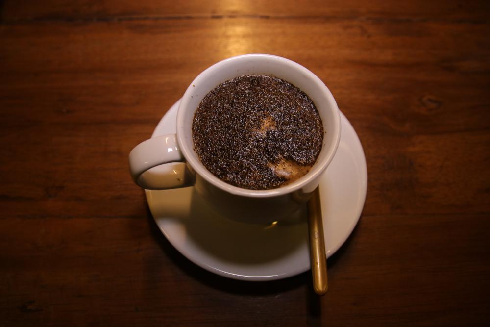 Cara minum kopi khas Nusantara berbagai sumber