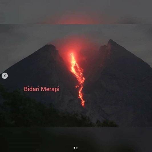 guguran lava pijar merapi © 2019 berbagai sumber