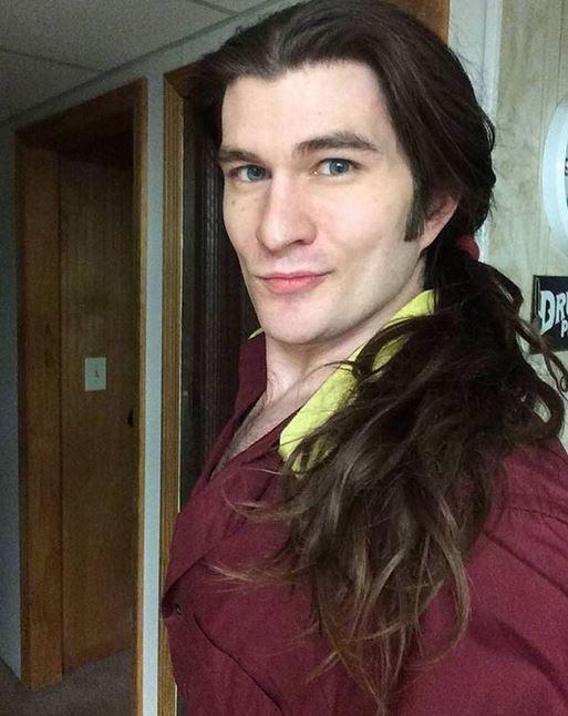 rambut gondrong cowok cantik brightside.me