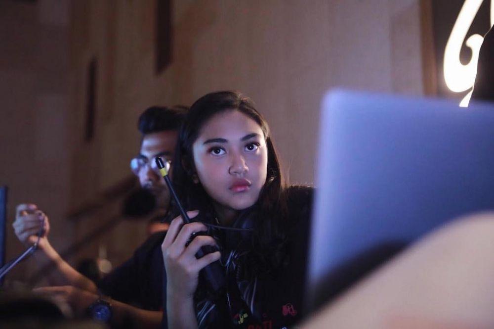 Putri Tanjung mandiri instagram