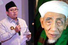 Usai bikin puisi, Fadli Zon unggah foto lawas bareng Mbah Moen