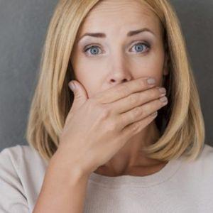 21 Cara menghilangkan bau mulut, mudah dan aman