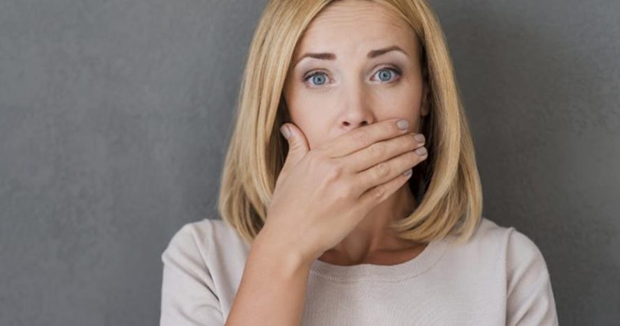7 Cara menghilangkan bau mulut secara alami mudah dan ampuh