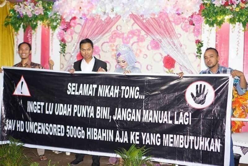 spanduk pernikahan temen © 2019 berbagai sumber