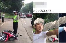 20 Editan foto tangan pria rusak motor saat ditilang, kocak abis