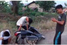 5 Video parodi merusak motor karena ditilang ini bikin ngakak