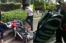 Seperti Adi Saputra, 2 orang ini rusak motor karena ditilang