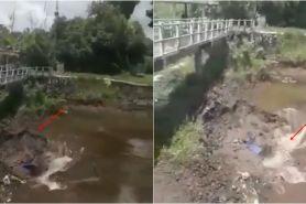 Video air masuk lubang besar di tengah Sungai Kuning