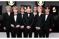 10 Penampilan BTS di Grammy Award 2019, kompak pakai tuksedo