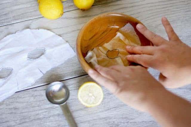 5 Cara membuat sheet mask alami yang nggak pakai ribet © 2019 brilio.net