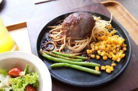 Hamburg steak, makanan khas Jepang kini hadir di Indonesia