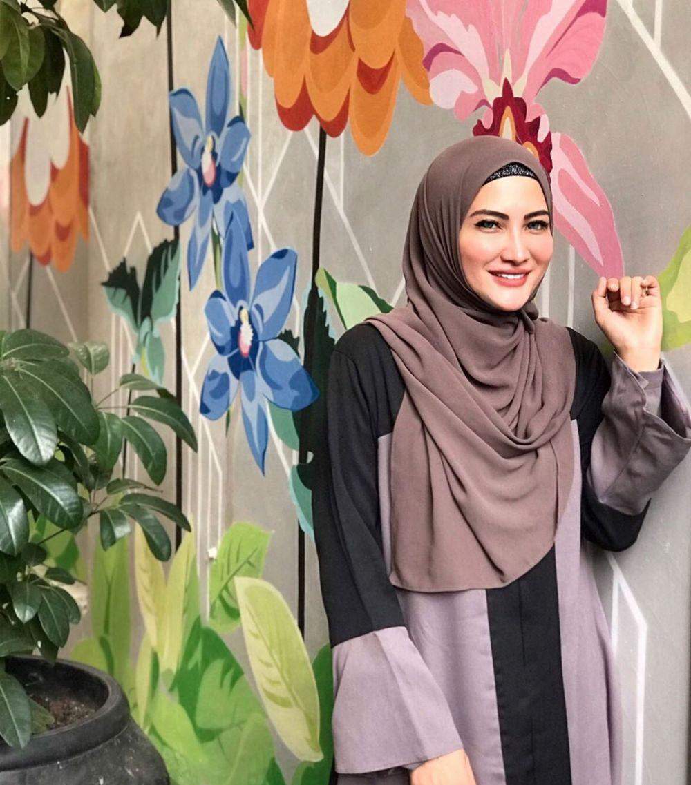 Hijab Natalie Sarah  © 2019 brilio.net