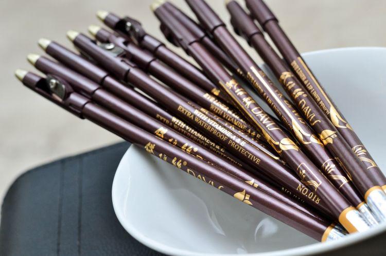 6 Rekomendasi pensil alis di bawah Rp 15 ribu, cocok untuk pemula