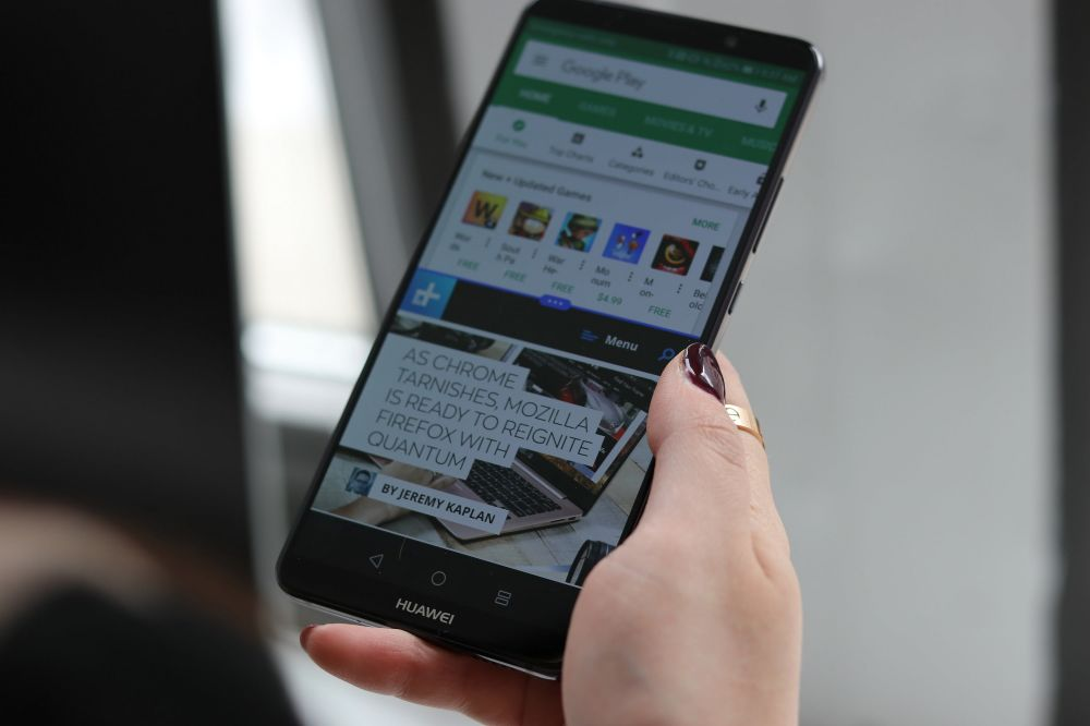 fitur android-iphone © 2019 brilio.net