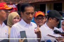 Ini respons santai Jokowi soal isu pakai earpiece di debat capres