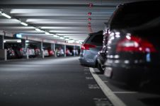 Berapa uang & waktu terbuang karena susah cari parkir di Jakarta?