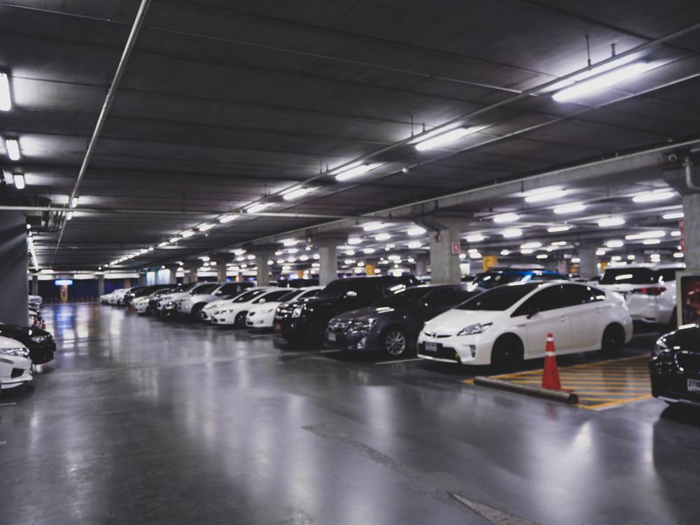 Berapa uang & waktu terbuang karena susah cari parkir di Jakarta? berbagai sumber
