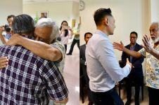 7 Momen hangat Xanana Gusmao jenguk Ani Yudhoyono di Singapura