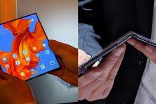 Smartphone lipat ini seharga motor sport, ini 5 kecanggihannya