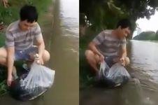Sebar ikan 300 kilogram di Kalimalang, alasan pria ini bikin salut