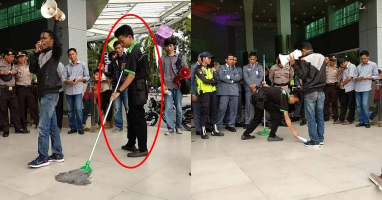 Aksi cleaning service di tengah demo boikot Dilan ini jadi sorotan