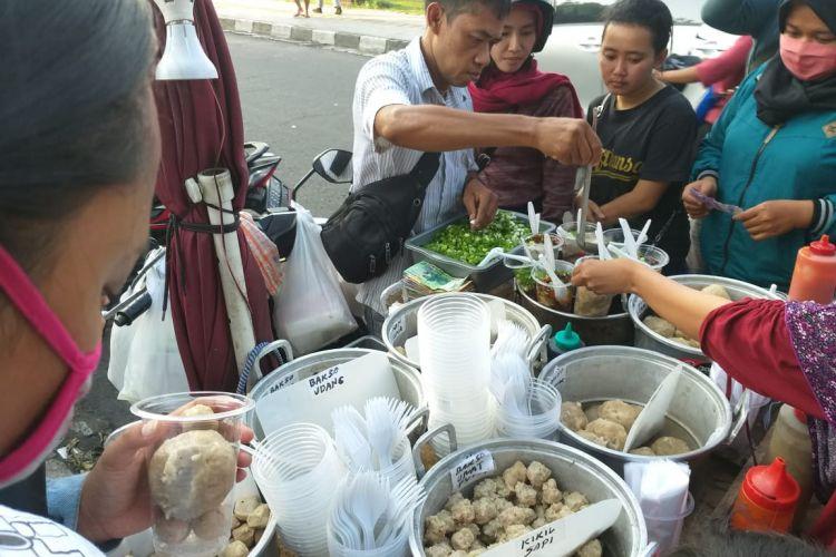 Menikmati bakso prasmanan khas Jogja, harganya cuma Rp 1.000