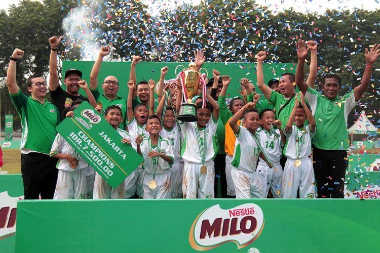 MIN 6 Jakarta rebut juara MILO Football Championship Jakarta 2019
