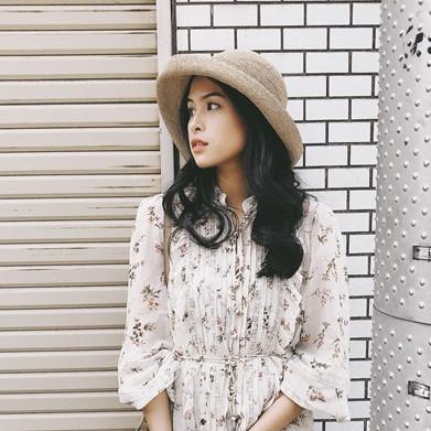 15  Gaya memesona Maudy Ayunda dalam balutan kain etnik