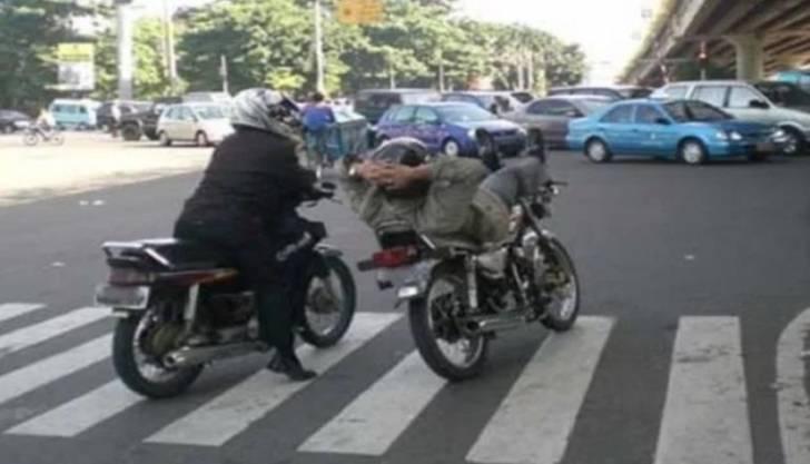 bapak-bapak di motor © 2019 brilio.net